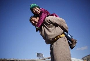 Photos: Ending measles and rubella in Mongolia