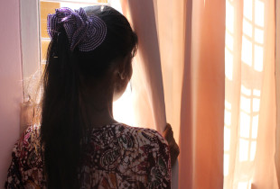 Helping sexually exploited girls in Myanmar protect themselves from HIV