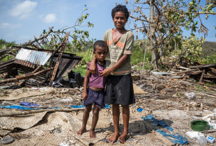 """Cyclone Winston: """"I told my family to leave everything"""""""