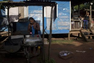 Are Cash Transfers in Latin America Gender-Sensitive?