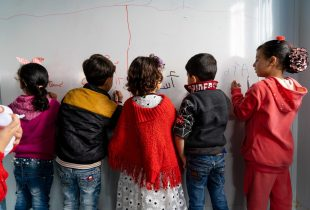 Lack of quality data compounds risks facing millions of refugee and migrant children
