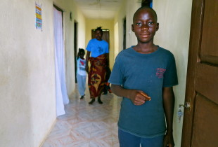 Ebola: leaving children orphaned in Sierra Leone