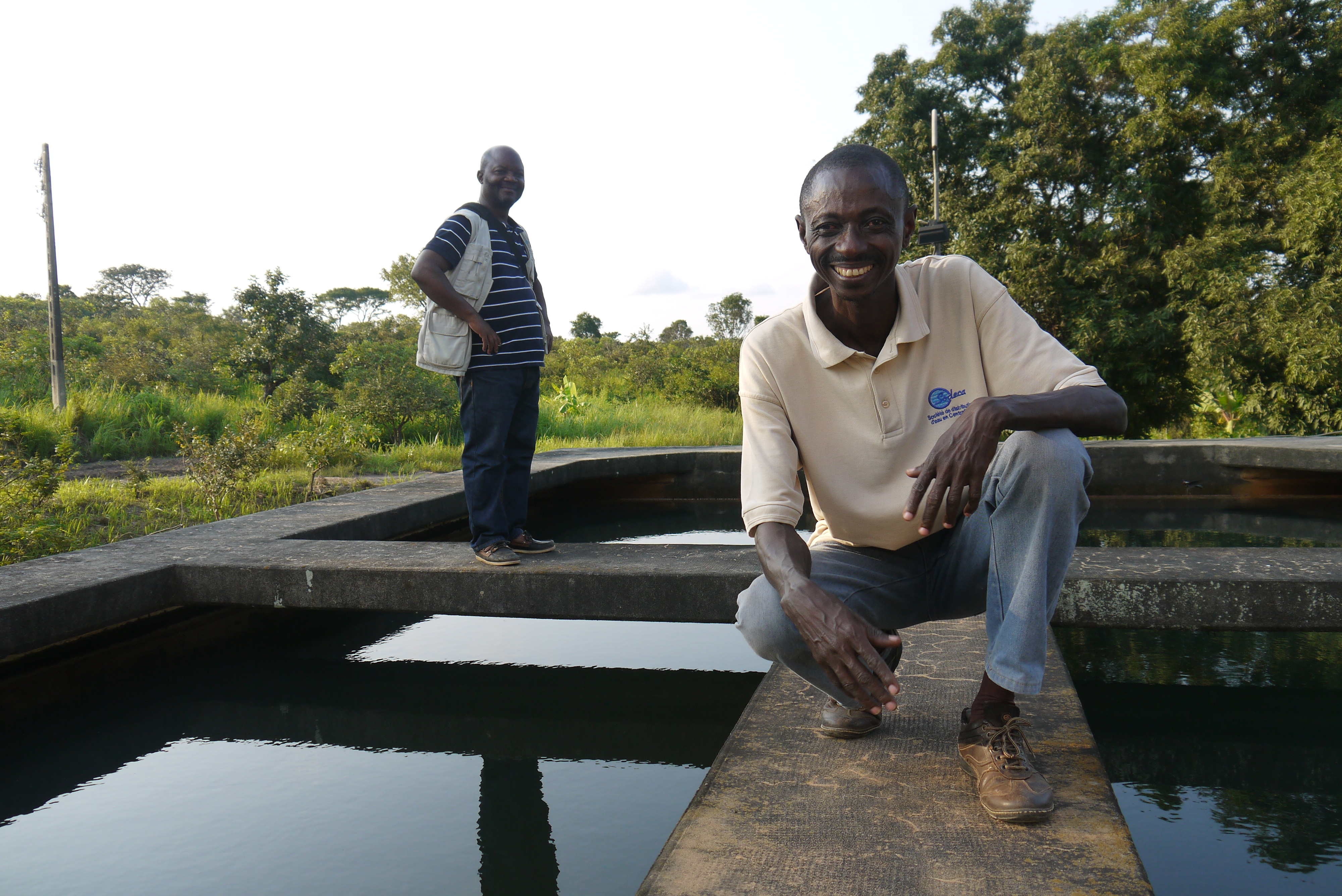 UNICEF WASH specialist Freddie Matchombe and SODECA engineer Henri Congo at the Bouar water treatment centre supported by EU-ECHO and UNICEF.