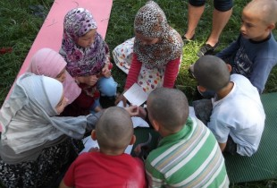 A group session with a psychologist in Vinnytsya for children displaced from Crimea.