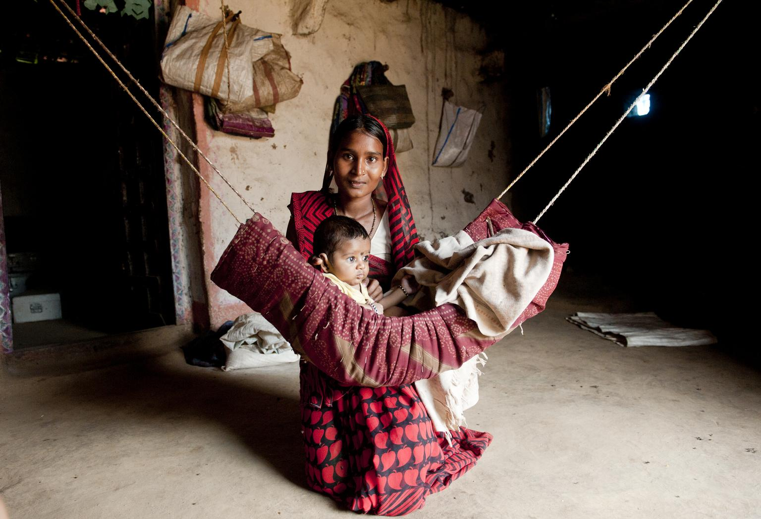 A mother and child from Madhya Pradesh, India. Despite being rich in natural resources Madhya Pradesh is more infamous for its poverty.