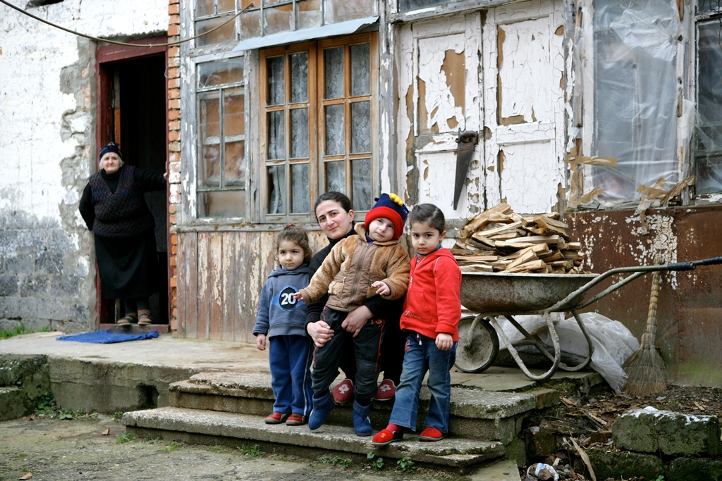 Widow Sopio Gvenetadze lives with her three children: Ilarion (4) Anastasia (3) and Teona (2) and her elderly mother in a rundown house which she rents with the help of various organizations.