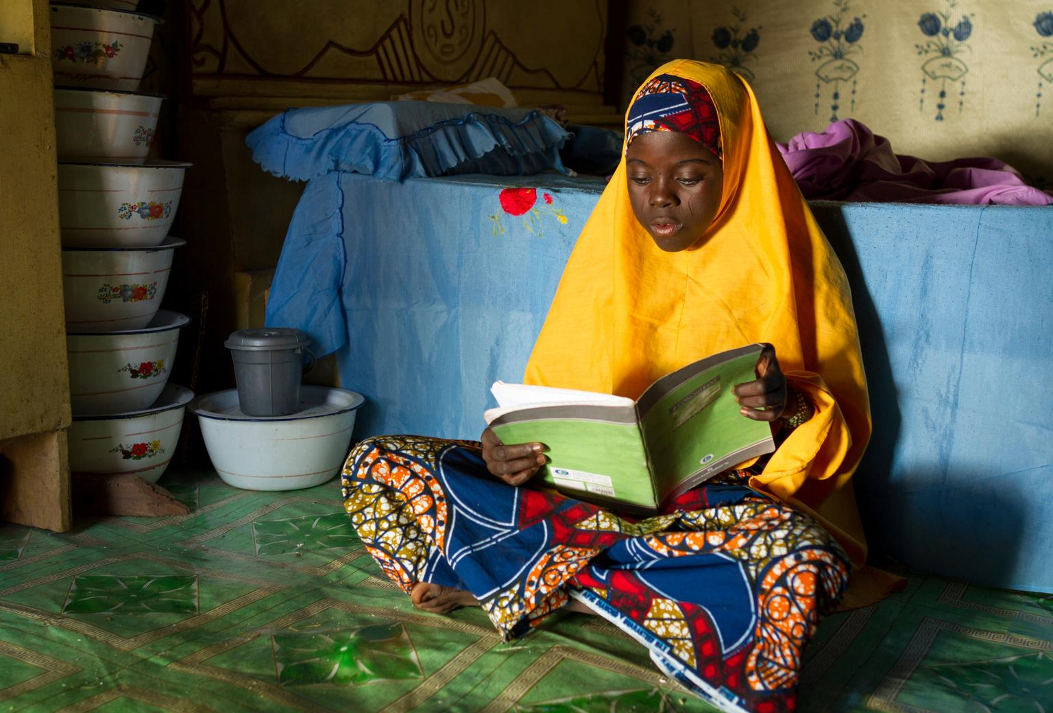 Hamamatou (15), from Niger, is the recipient of a UNICEF-supported girls' scholarship that is helping her stay in school.