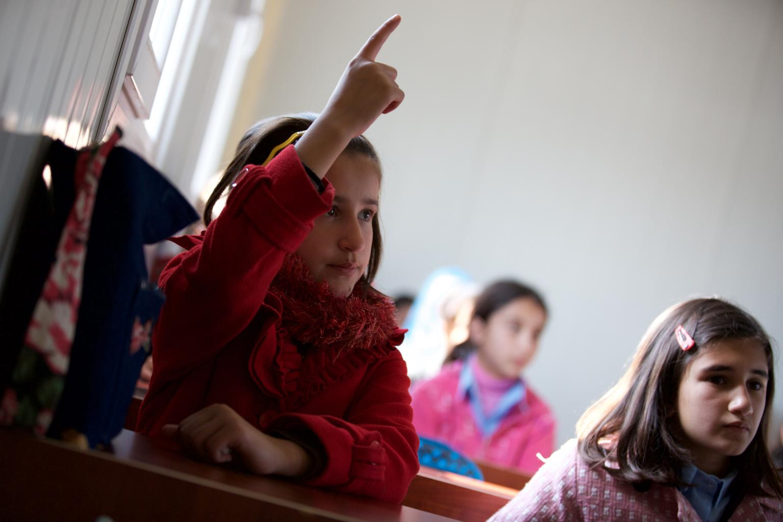 Safa (14) is a Syrian refugee who fled violence two years ago and now lives in Kawergosk camp in northern Iraq.
