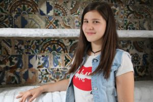 Mina, 15, has managed to pass all her exams thanks to willpower and tutoring.