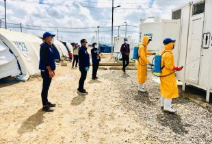 Fighting COVID-19 deepens Iraq's humanitarian crisis